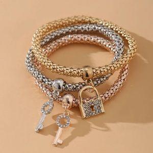 🔥3/$25🔥3 Piece Rhinestone Lock & Key Bracelets